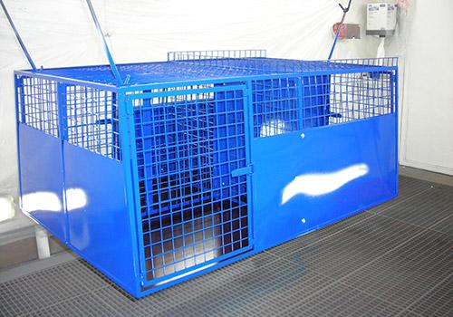 Hundeboxen Neulackierung in Wunschfarbe